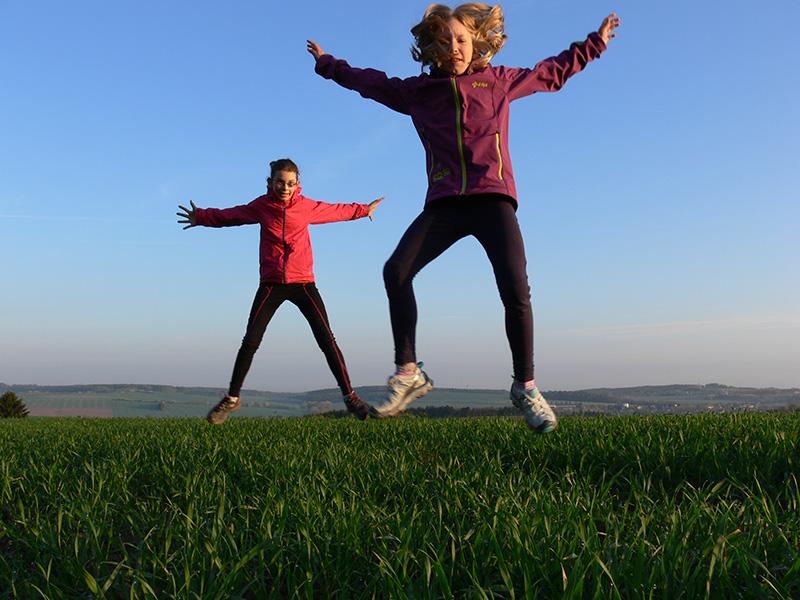 Moderní a funkční oblečení na běh pro vaše děti